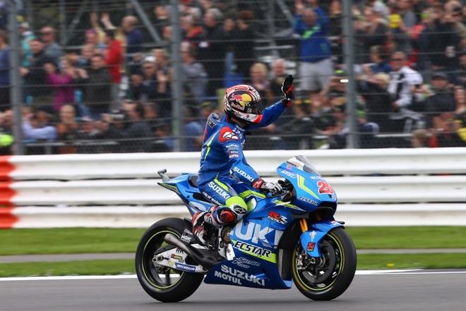 MotoGP 2016 chang 12: Chien thang dau tien cho Suzuki hinh anh