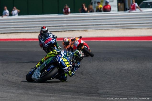 MotoGP 2016 chang 13: Vuot mat Rossi, Pedrosa ve nhat hinh anh 2