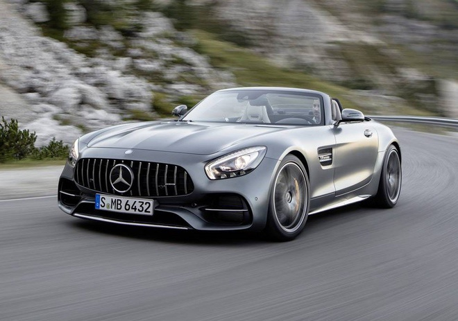 Mercedes trinh lang xe mui tran GT C Roadster AMG 2017 hinh anh