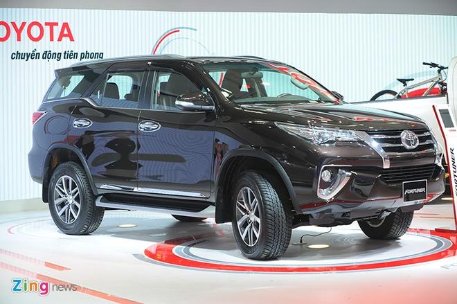 Toyota Fortuner 2017 ra mat tai Viet Nam, chua co gia ban hinh anh 1