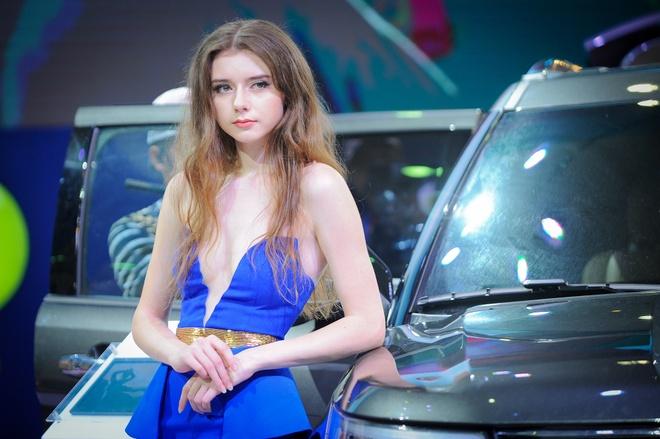 Dan chan dai tai Vietnam Motor Show 2016 hinh anh