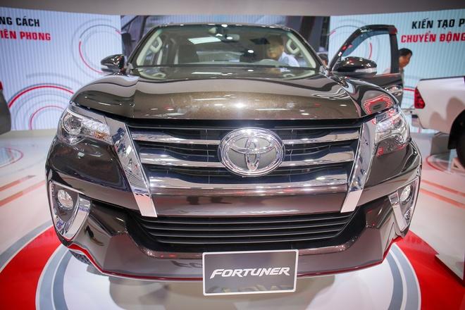 Video Toyota Fortuner 2017 ban tai Viet Nam dau nam sau hinh anh