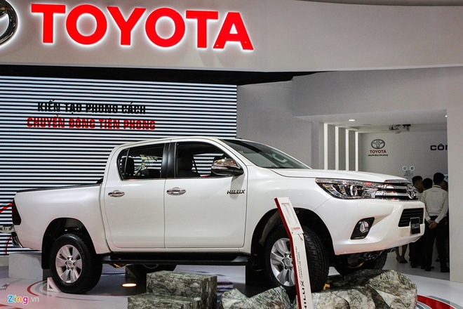 Toyota Hilux moi thay dong co, gia tu 697 trieu tai Viet Nam hinh anh 1