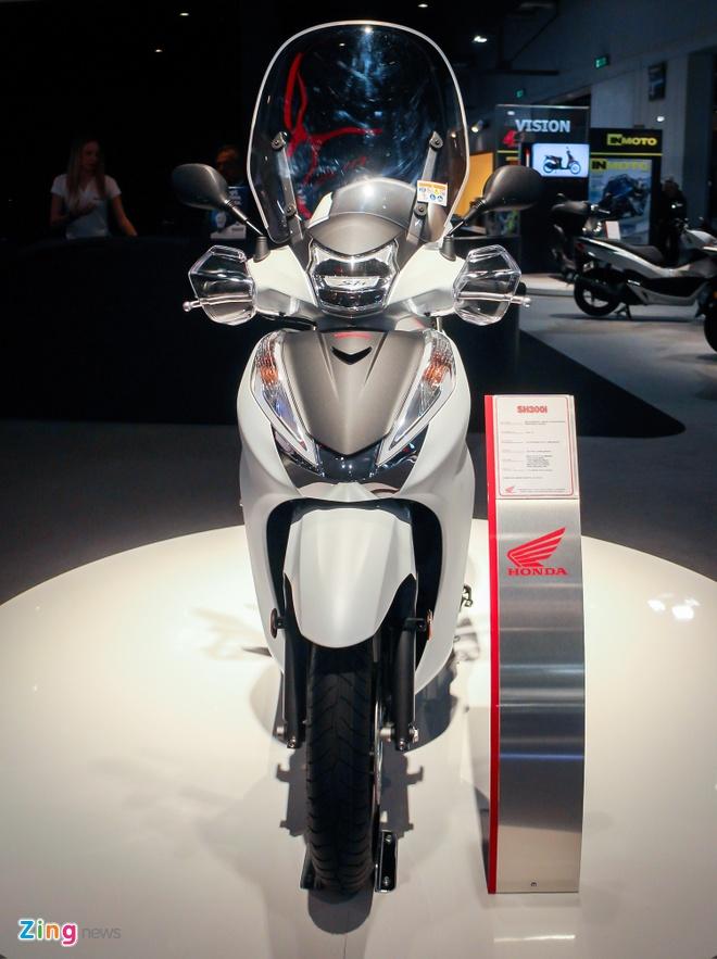 Honda SH 300i 2017 them mau the thao hinh anh 2