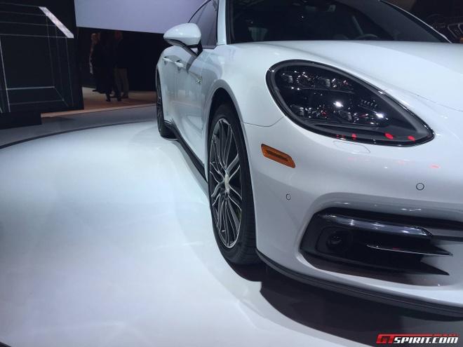 Porsche Panamera ban keo dai trinh lang hinh anh 3