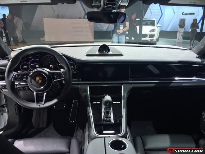 Porsche Panamera ban keo dai trinh lang hinh anh 6