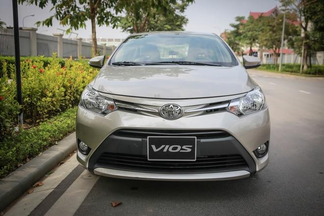 Toyota Viet Nam ban hon 6.000 xe thang 11 hinh anh