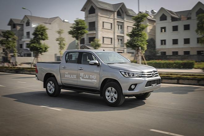 Danh gia kha nang van hanh Toyota Hilux 2016 2.8G AT hinh anh