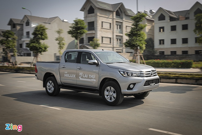 Toyota Hilux 2016 2.8G AT: Van hanh an tuong, cach am tot hinh anh 1