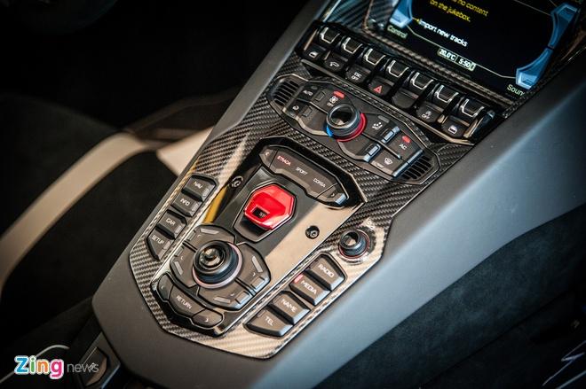 Sieu xe mui tran Lamborghini Aventador Roadster doc nhat VN hinh anh 8