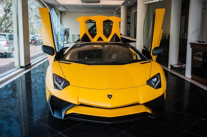 Sieu xe mui tran Lamborghini Aventador Roadster doc nhat VN hinh anh