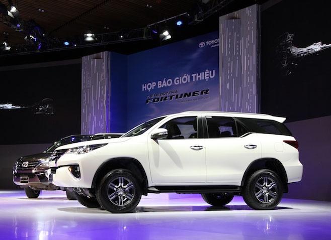 Toyota Fortuner 2017 gia cao nhat 1,3 ty tai Viet Nam hinh anh