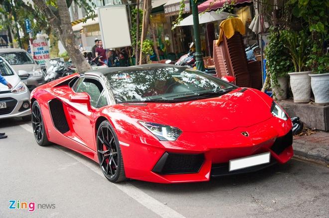 Lamborghini Aventador Roadster hon 20 ty tai Ha Noi anh 3