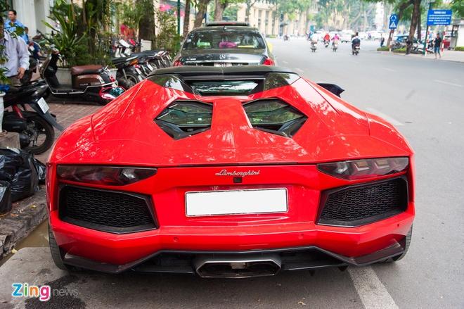 Lamborghini Aventador Roadster hon 20 ty tai Ha Noi anh 4