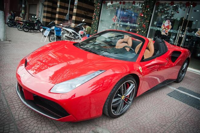 Sieu xe mui tran Ferrari 488 GTB Spider thu 2 ve Viet Nam hinh anh