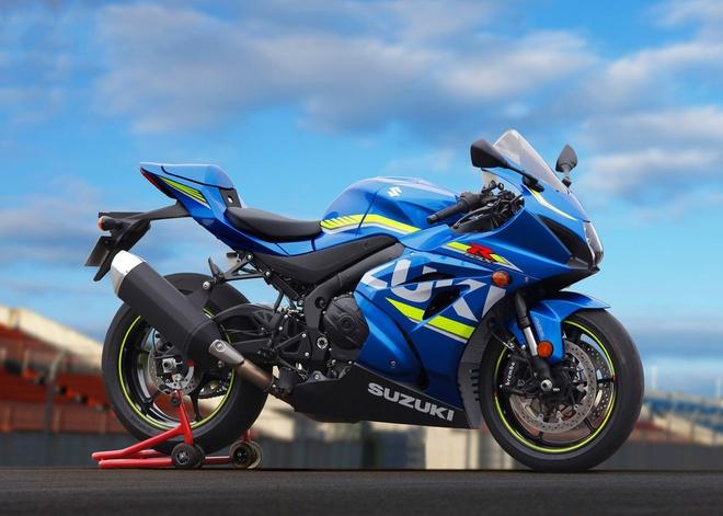 Sieu moto GSX-R1000 2017 gia tu 14.600 USD hinh anh