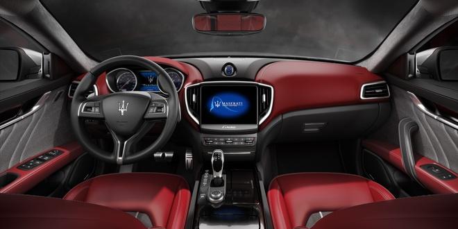 Maserati Ghibli 2017 tang them cong suat va trang bi an toan hinh anh 3