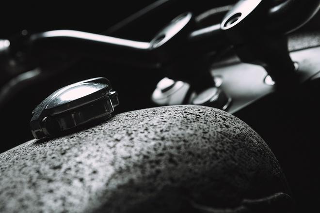 Moto Honda 500 phan khoi voi dan vo lam tu da hinh anh 3
