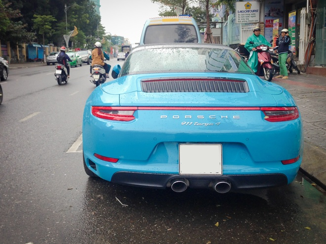 Porsche 911 Targa 4 2016 gia gan 8 ty ve tay dai gia Da Nang hinh anh 3