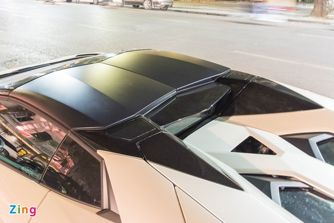 Lamborghini Aventador Roadster ra bien trang tai Ha Noi hinh anh 6