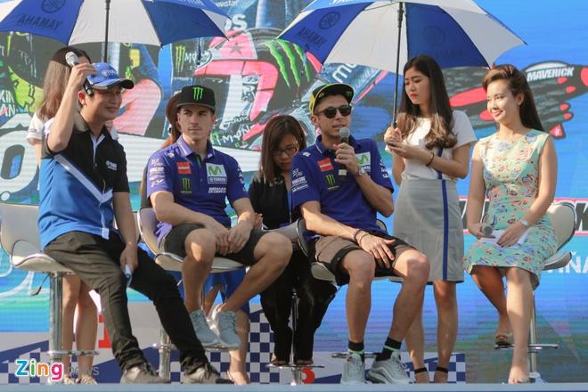 Valentino Rossi den Viet Nam anh 6