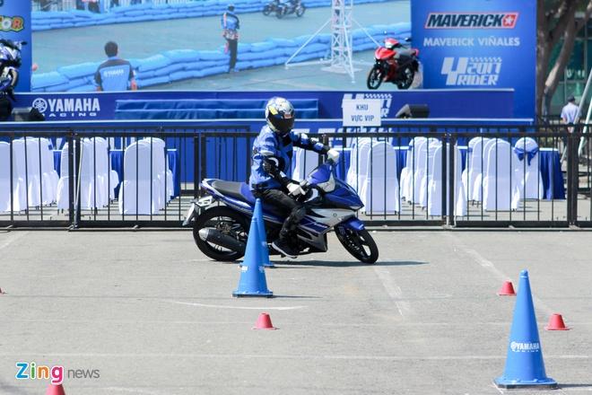 Valentino Rossi den Viet Nam anh 5