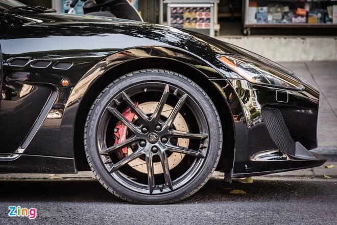 Maserati GranTurismo MC Stradale tai Ha Noi anh 5
