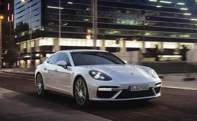 Porsche ra mat sedan cao cap manh nhat dong Panamera hinh anh