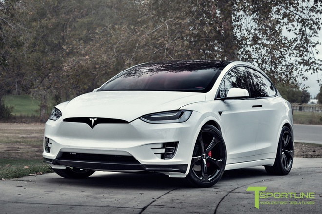 Xe dien Tesla Model X noi that Bentley rao gia 180.000 USD hinh anh 7