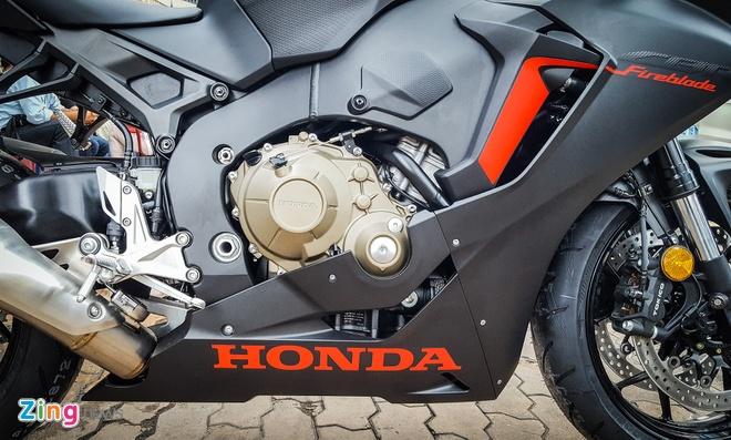 Honda CBR1000RR 2017 tai Viet Nam anh 2