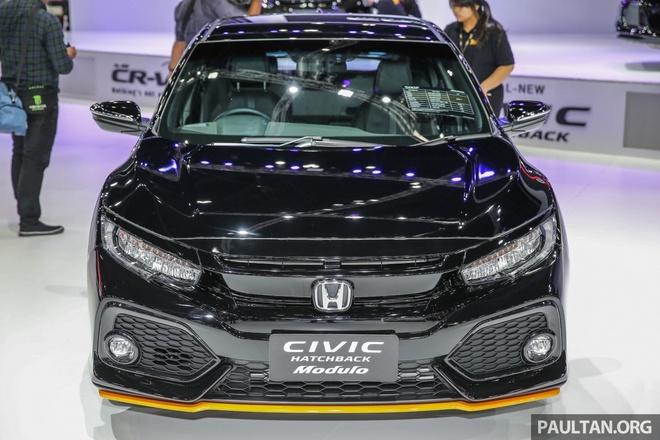 Honda Civic Hatchback 2017 Modulo anh 1