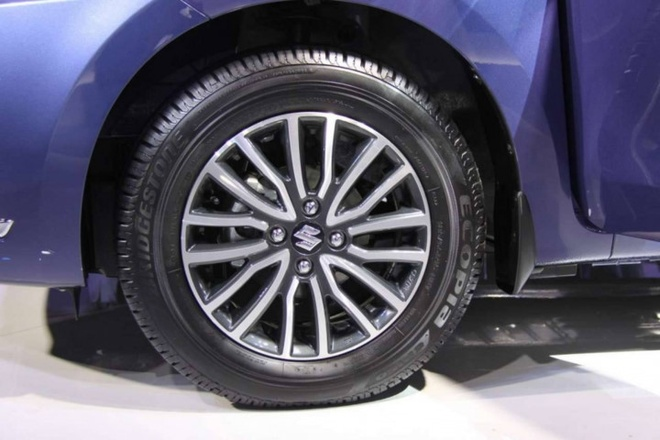 Chi tiet Suzuki Swift Sedan 2017 vua ra mat hinh anh 7