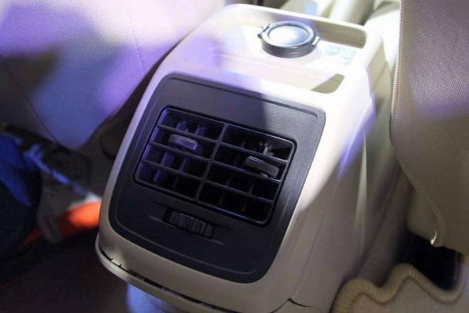 Chi tiet Suzuki Swift Sedan 2017 vua ra mat hinh anh 13