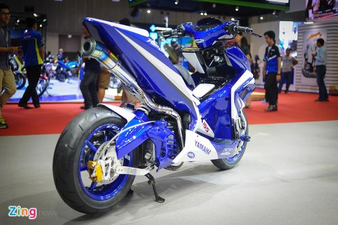 Yamaha NVX do boi tho Philippines tai Viet Nam hinh anh 3