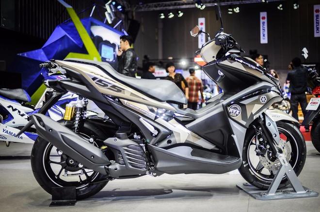 Yamaha NVX 155 ban gioi han ban ra thang 7 hinh anh
