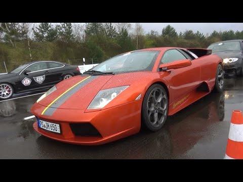 Sieu xe Lamborghini dua toc do tren duong mua uot hinh anh