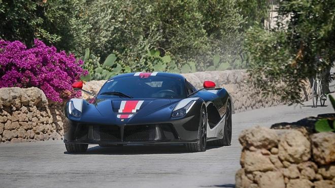 hon 100 sieu xe Ferrari hoi ngo anh 8