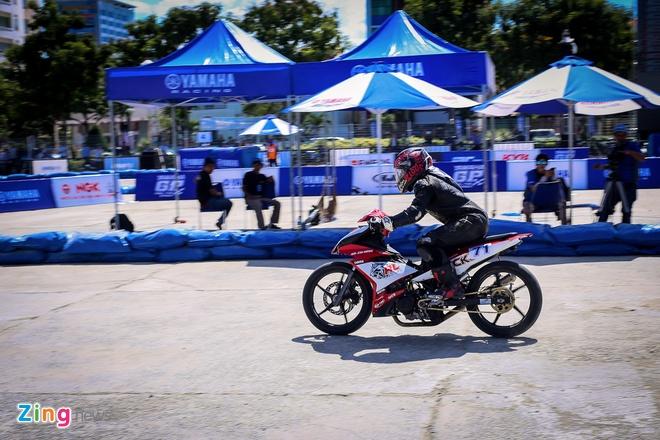Giai dua Yamaha GP Da Nang anh 10