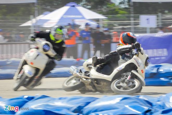 Giai dua Yamaha GP Da Nang anh 12