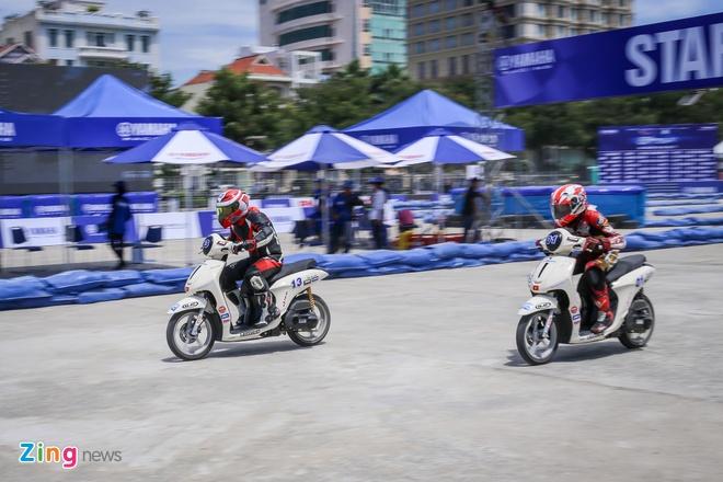 Giai dua Yamaha GP Da Nang anh 9