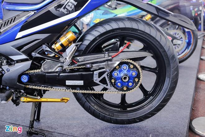Exciter 150 do tem Ferrari cua biker Viet Nam hinh anh 7