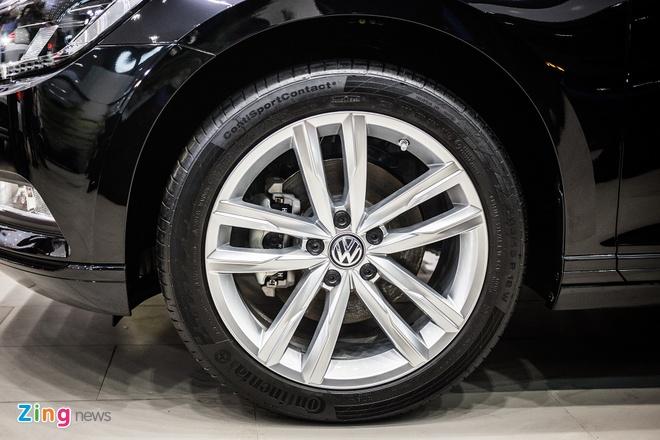 Volkswagen Passat phien ban moi canh tranh Camry, Mazda6 tai Viet Nam hinh anh 4