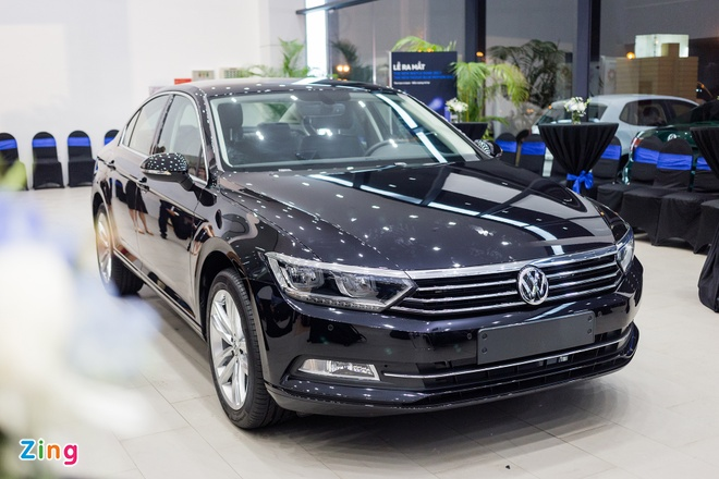 Volkswagen Passat phien ban moi canh tranh Camry, Mazda6 tai Viet Nam hinh anh 1
