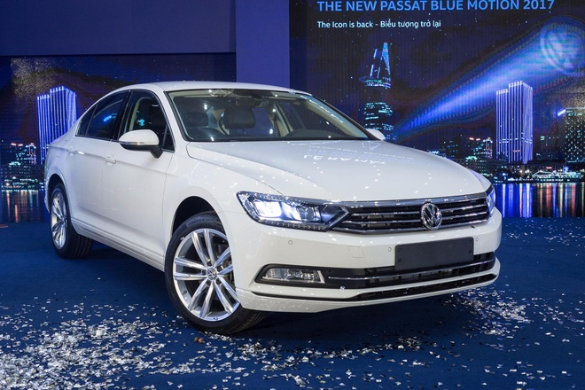 Volkswagen Passat phien ban moi canh tranh Camry, Mazda6 tai Viet Nam hinh anh