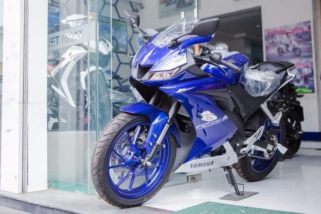 Yamaha YZF-R15 2017 chinh hang gia 93 trieu dong tai dai ly hinh anh