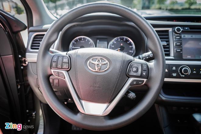 Toyota Highlander len nhieu phu kien gia hon 3 ty tai Viet Nam hinh anh 6