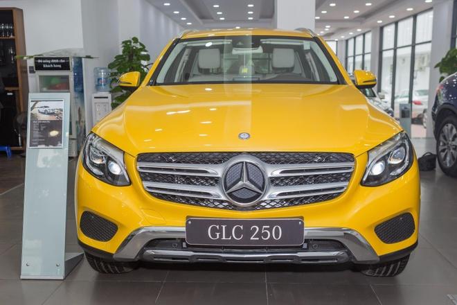 Mercedes-Benz GLC 250 4Matic mau hiem, gia gan 2 ty tai VN hinh anh