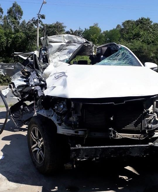 Toyota Fortuner 2017 nhau nat sau tai nan tai Dong Thap hinh anh 2