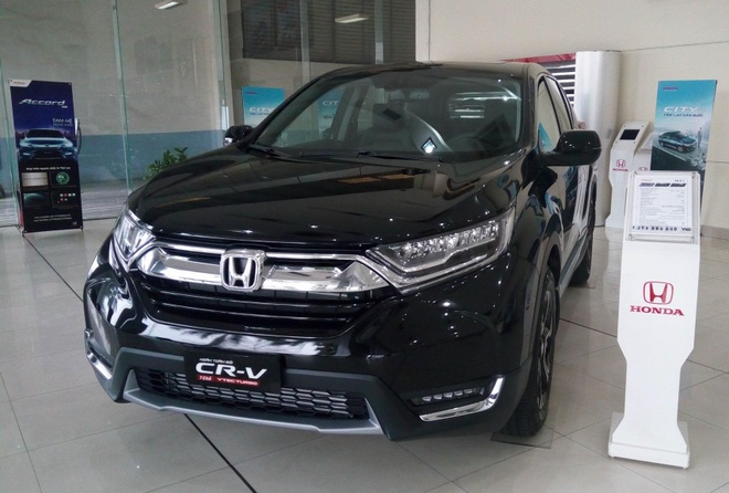 Honda CR-V 2018 het xe trong vong nua thang hinh anh
