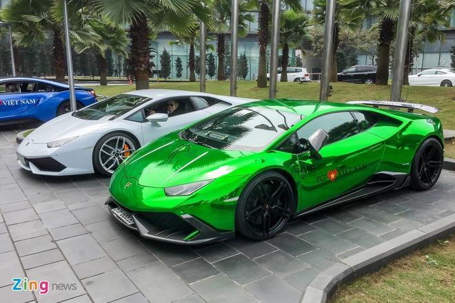 Dan sieu xe trieu USD do bo Ha Noi chuan bi cho Car & Passion hinh anh 5